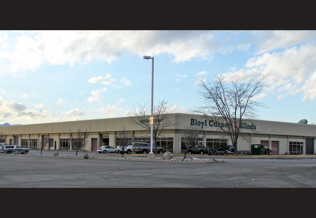 8385-S-Allen-St-W.---Sandy-Parkway-Plaza