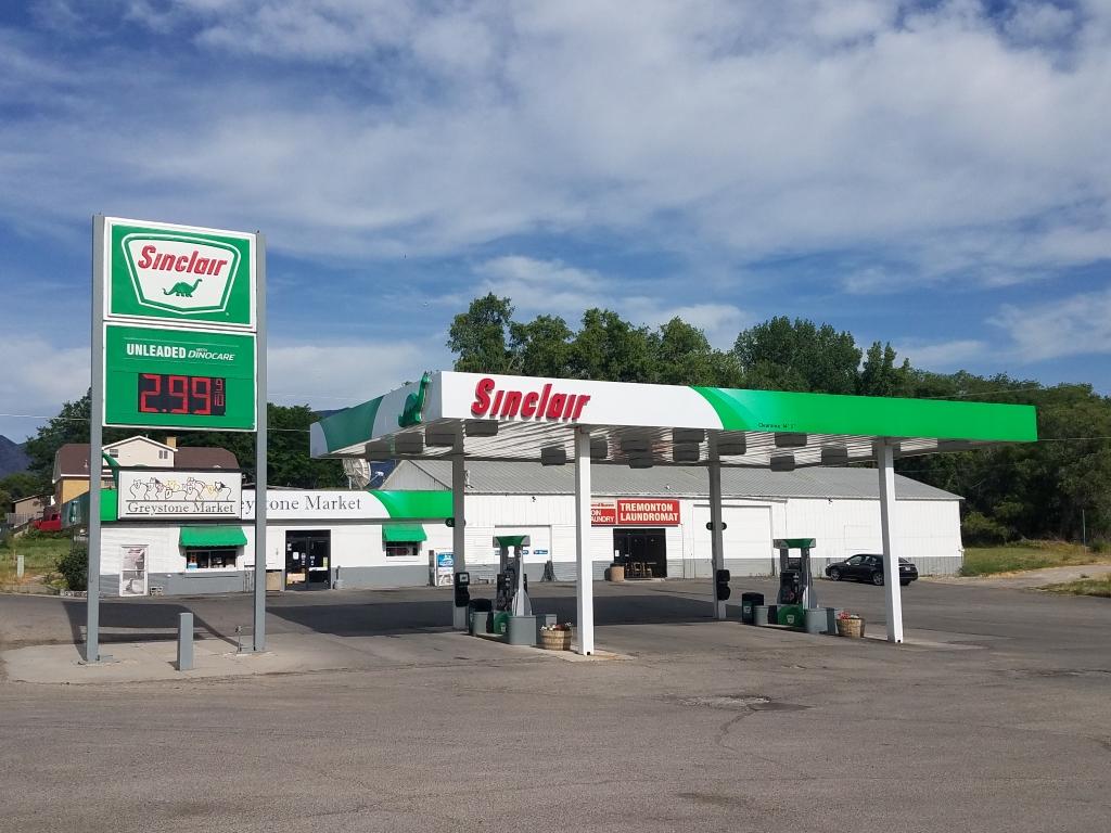 360-E.-Main---Tremonton-C-Store-&-Laundromat